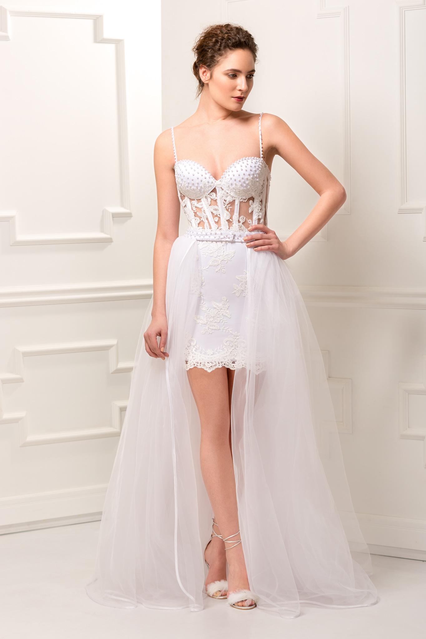 Short Lace Wedding Dress.Short Lace Wedding Dress With Tulle Train Aida Lorena Atelier