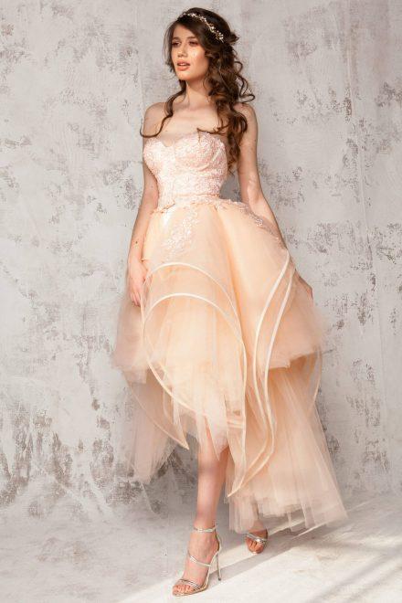 Rochie scurta din tafta elastica cu dantela aplicata, cupe balconette si fusta detasabila supradimensionata din tulle Lola - Colectia Dreamcatcher Aida Lorena Atelier