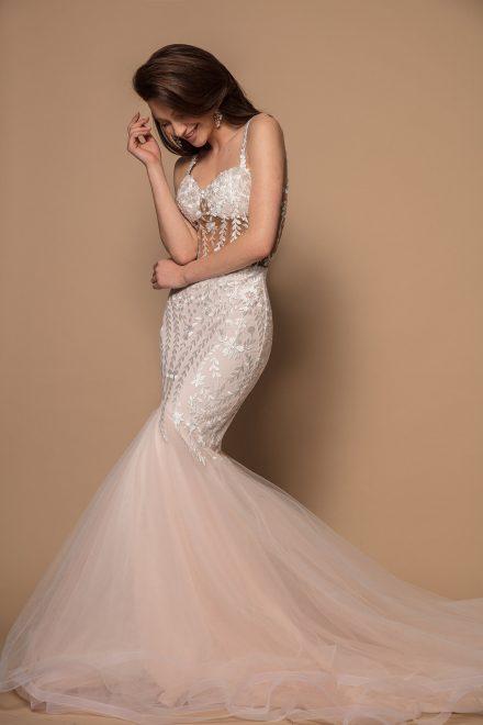 rochie-sirena-cu-corset-si-trena-lunga-amelia-colectia-phoenix-aida-lorena-atelier-profil