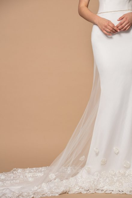 rochie-sirena-din-tafta-cu-corset-si-trena-lunga-lara-colectia-phoenix-aida-lorena-atelier-detaliu