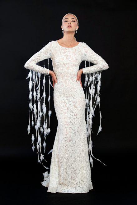 rochie-din-dantela-elastica-brodata-cu-perle-si-franjuri-de-pene-1-colectia-sfera-by-aida-lorena-atelier