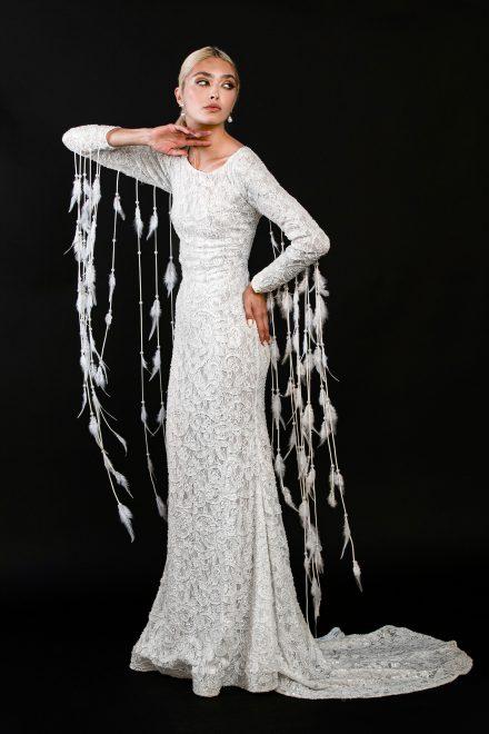 rochie-din-dantela-elastica-brodata-cu-perle-si-franjuri-de-pene-6-colectia-sfera-by-aida-lorena-atelier