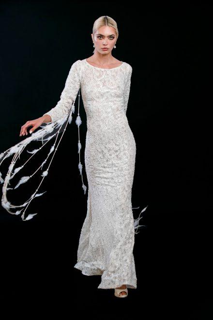 rochie-din-dantela-elastica-brodata-cu-perle-si-franjuri-de-pene-9-colectia-sfera-by-aida-lorena-atelier