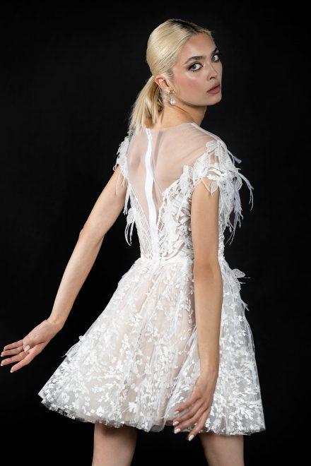 rochie-din-tulle-de-matase-cu-broderie-manual-3d-cu-pene-3-colectia-sfera-by-aida-lorena-atelier