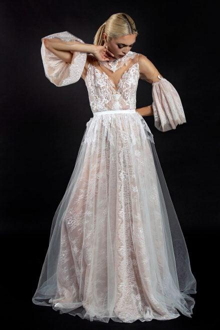 rochie-din-tulle-de-matase-cu-dantela-chantilly-1-colectia-sfera-by-aida-lorena-atelier