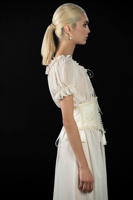 rochie-din-voal-cu-brau-tip-corset-broderie-din-bumbac-de-inspiratie-traditionala-2-colectia-sfera-by-aida-lorena-atelier