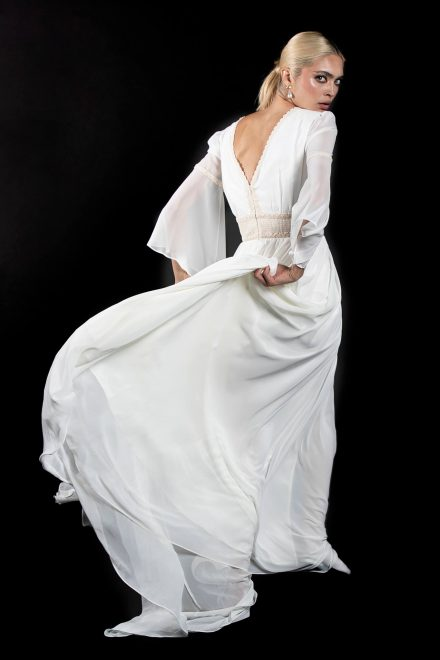 rochie-din-voal-cu-broderie-din-bumbac-6-colectia-sfera-by-aida-lorena-atelier